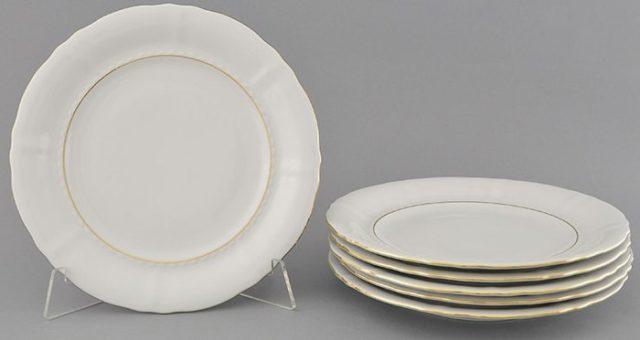 Набор белых тарелок для десертов