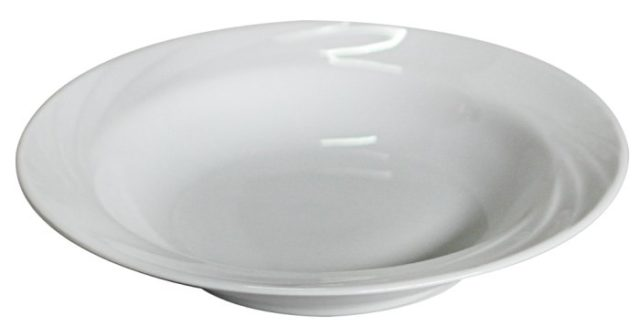 Глубокая фаянсовая тарелка